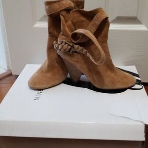 Nine West Short Boot